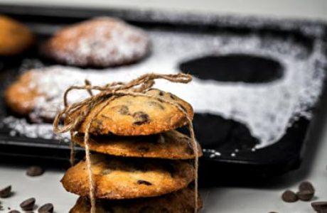 עוגיות במילוי ממרח שוקולד
